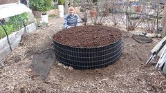 The quick raised garden bed