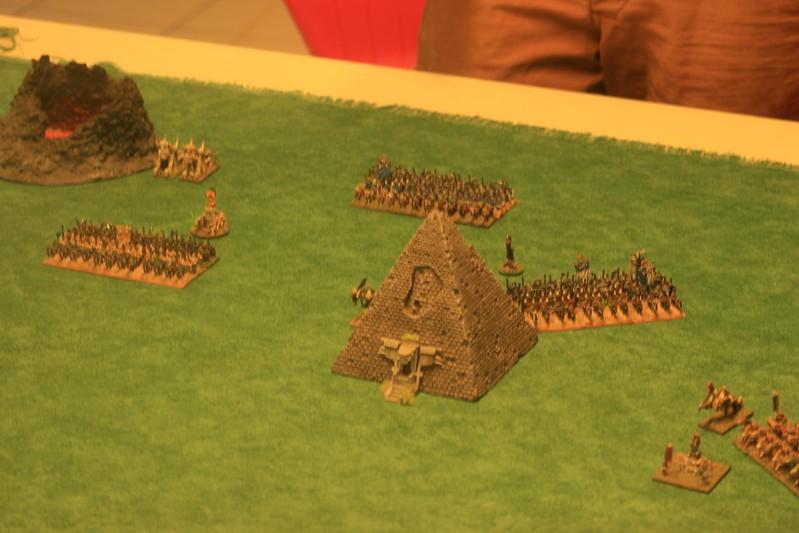 D'Acier et de Malepierre - Les Pyramides de Lustrie II 40919091792_f1634dc37c_c