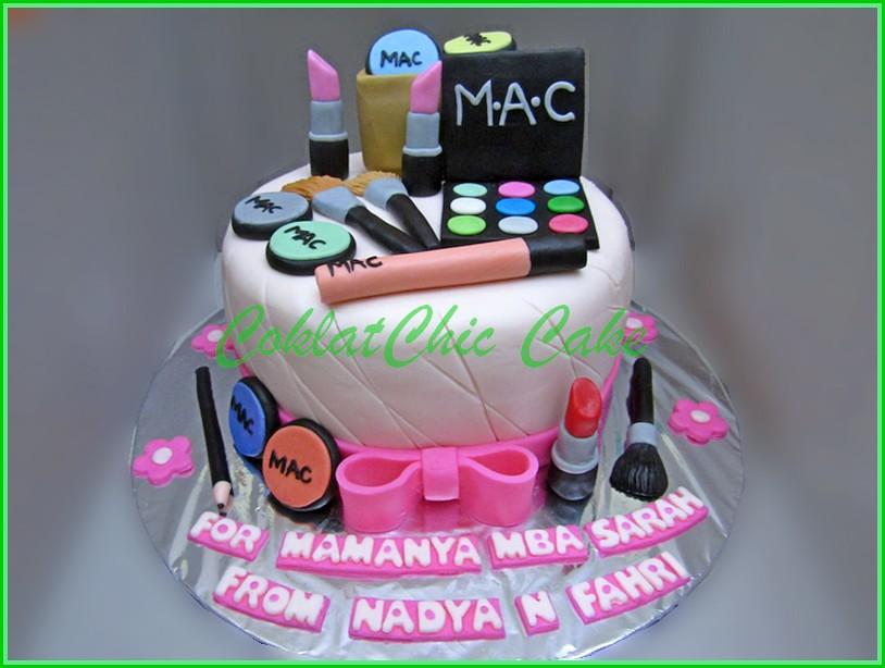 Cake Cosmetics MAMANYA MBA SARAH 15 cm