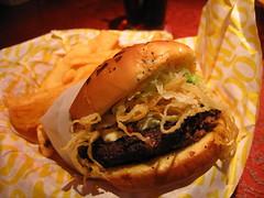 sandwich, hamburger, slider, meat, bã¡nh mã¬, veggie burger, food, whopper, dish, cheesesteak, cuisine, fast food,