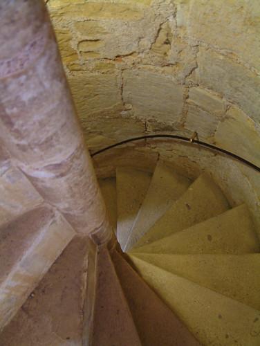 Escaleras de caracol como defensa curistoria for Formas de escaleras de concreto