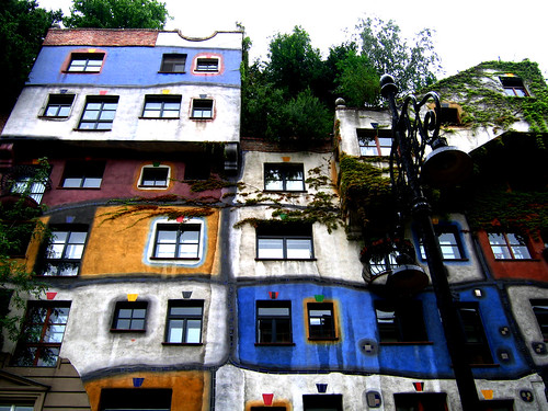 Hundertwasser House, Vienna - some rights reserved by munna on the run