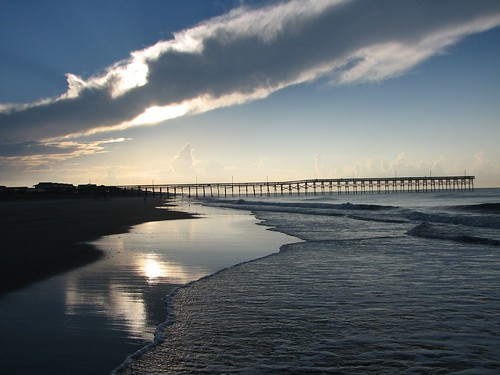 Holden beach voted 1 beach for family vacation for Holden beach fishing pier