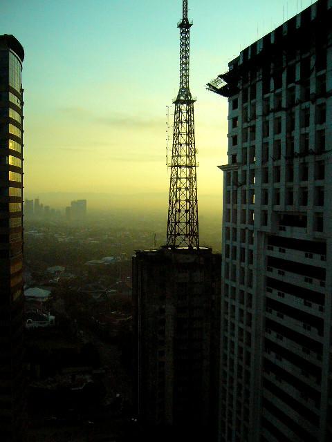 city sunrise, Panasonic DMC-LC70
