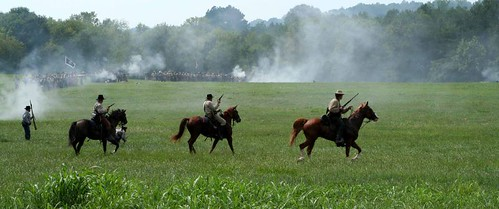 canon ga georgia rebel xt se costume war south hill attack tunnel battle 2006 september huey civil civilwar southeast reenactment canonef24105mmf4lisusm