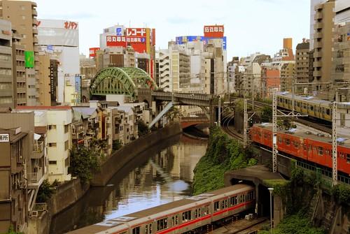 Tokyo: Ochanomizu by manganite