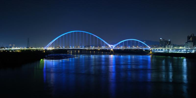 新月橋夜景
