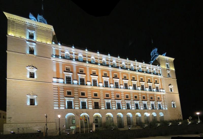 Alcázar de ToledoSurIMG_3175 Panorama