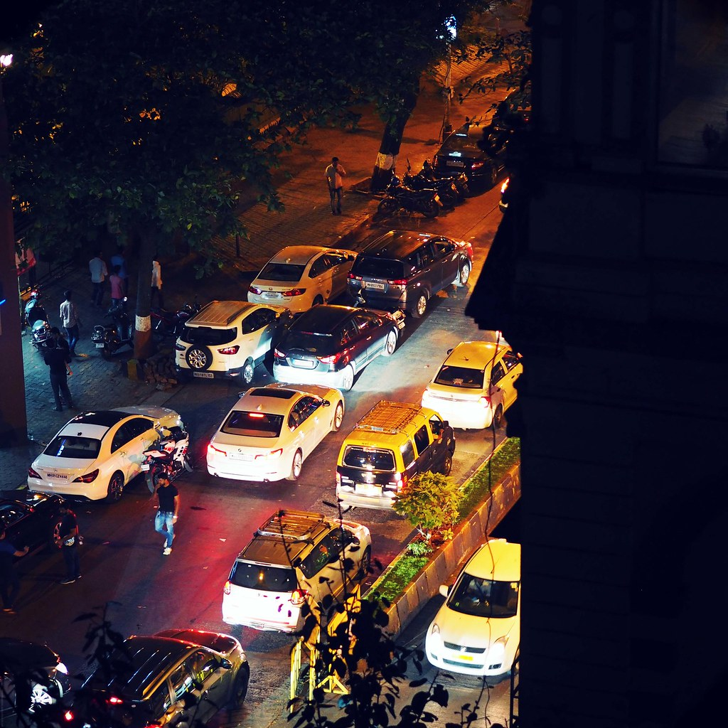 busy street traffic colaba mumbai_effected