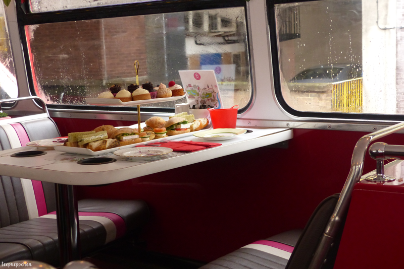 london photo bbakery bus tour afternoon tea