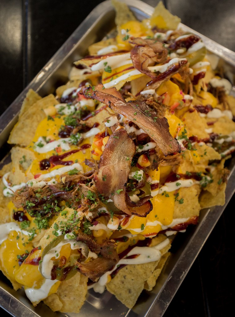 Fat Daddy's Smokehouse - Jera's Ultimate Bacon and Pulled Pork Nachos Half