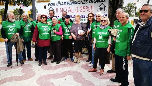 Concentración de la Plataforma en Defensa de unas Pensiones Dignas