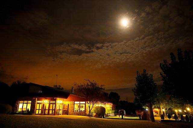 Besaeda Noche
