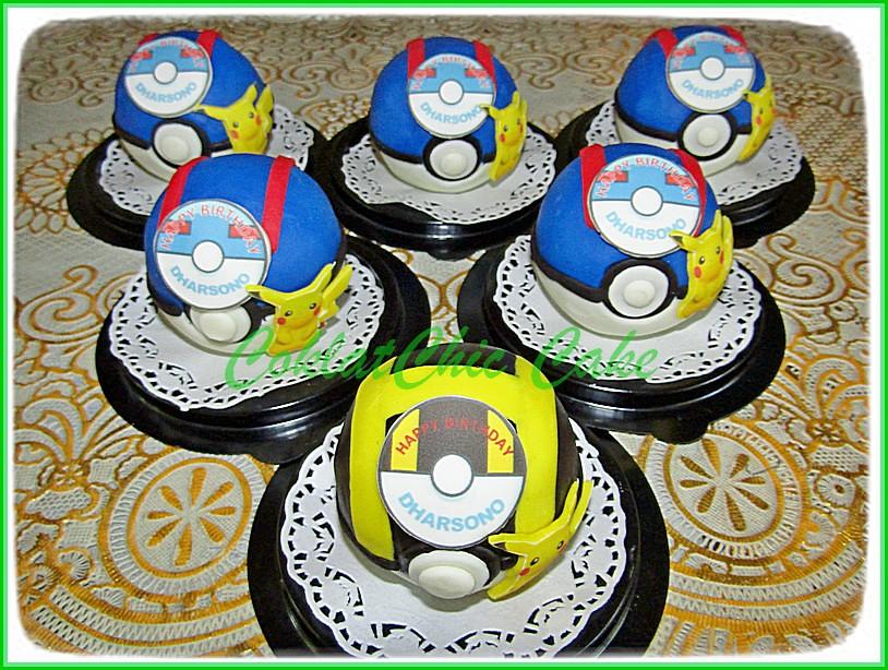 Pokeball Minicake DHARSONO