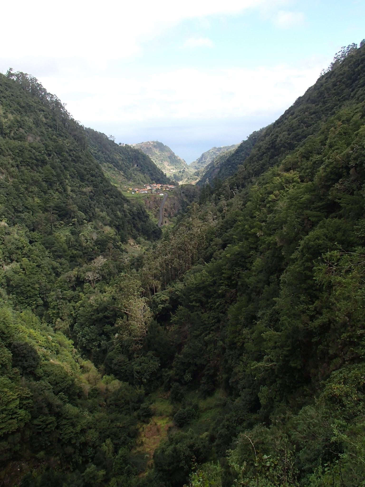 P319Utsikt över dalen