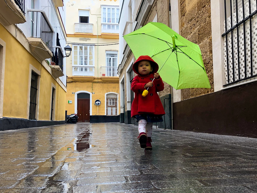 The rain in Spain falls mainly on Clementaine
