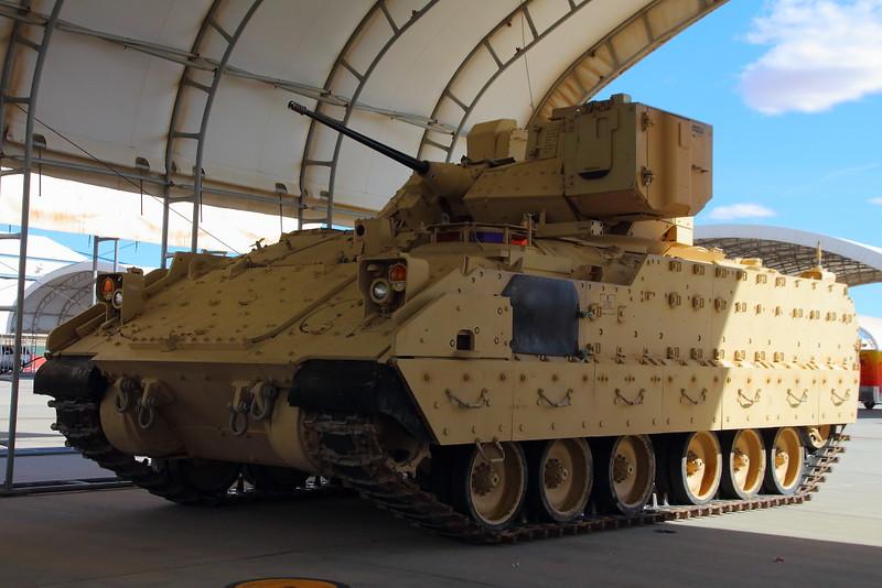 IMG_9326 M2/M3 Bradley, MCAS Yuma Air Show