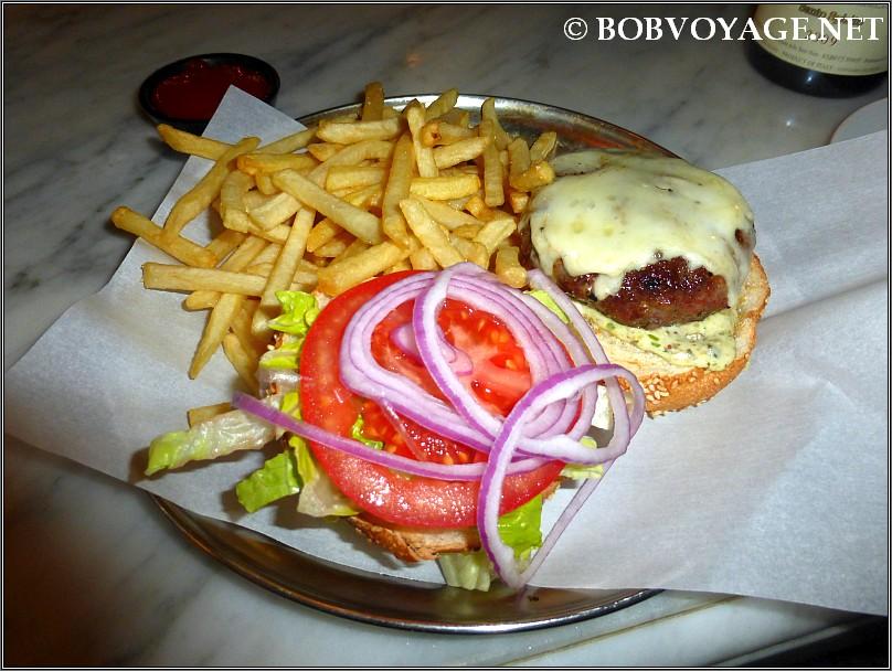 המבורגר ב- איטלקי מקומי - local italian