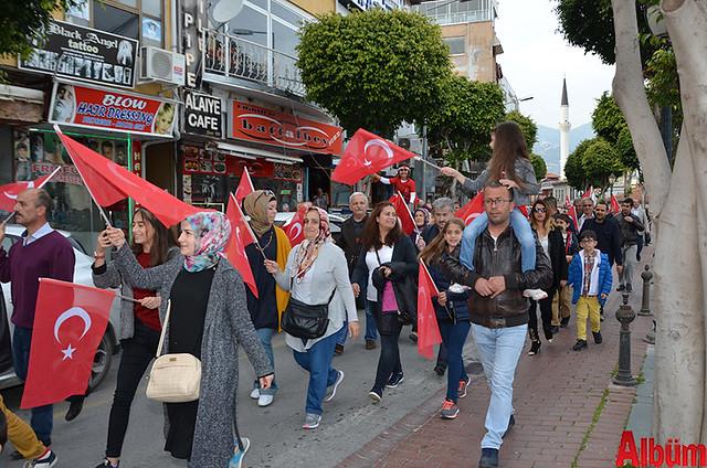 Türk Eğitim Sen Alanya Temsilciliği 18 Mart Çanakkale Zaferi Anısına Şehitlere Saygı Yürüyüşü-2