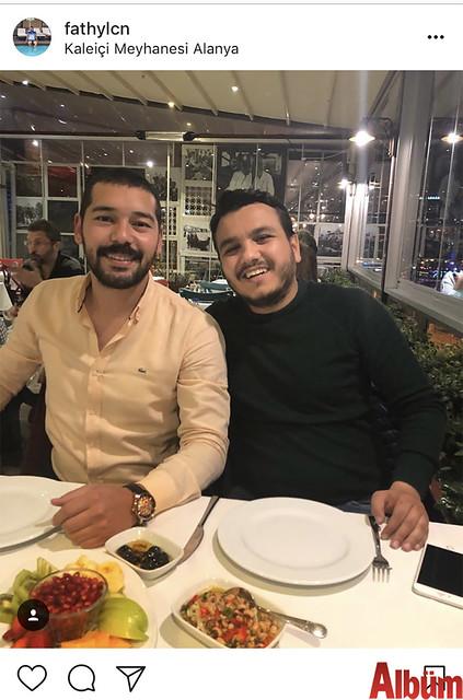 Fatih Yalçın, yakın dostu Güven Şirin ile Kaleiçi Meyhanesi'nde keyifli bir akşam geçirdi.