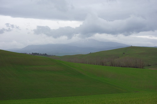 Walking to Pienza, Tuscany, Italy