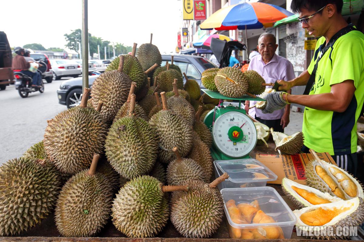 Durian-Mei-Mei-Klang-Durian-Stall