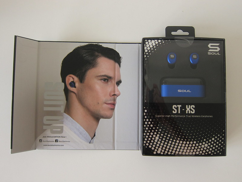 Soul ST-XS Wireless Earphones - Box Open