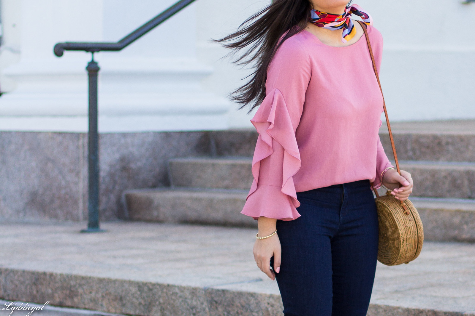 Pink Ruffled blouse, Flared Denim, Round rattan bag-20.jpg