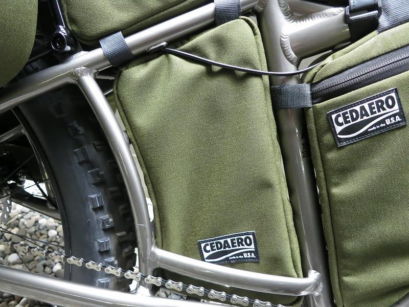 CEDAERO Blackborow Stowaway Frame Pack