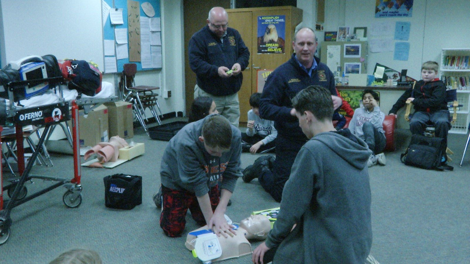 Students at Kinawa Middle School Learn Lifesaving Skills