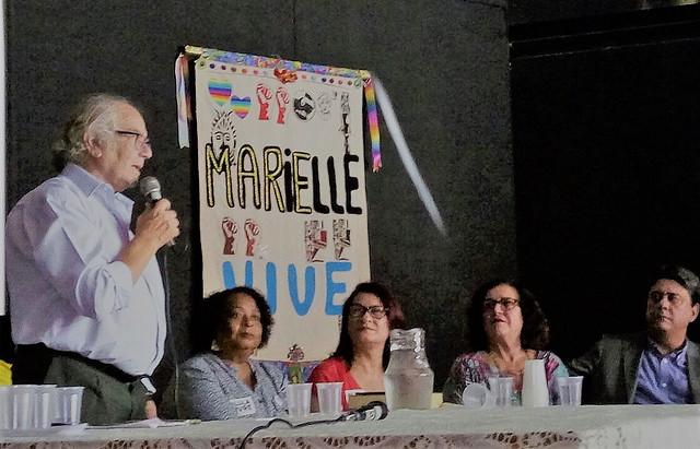 Adolfo Pérez Esquivel durante la visita al Museo de la favela de Maré, en Rio de Janeiro  - Créditos: Jaqueline Deister/ Brasil de Fato