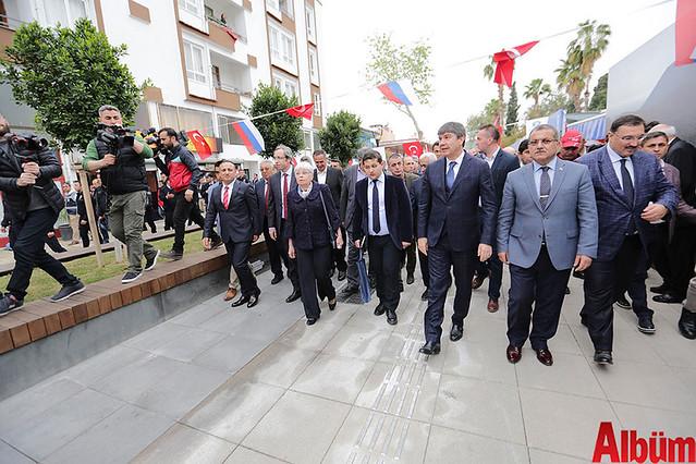 Antalya Büyükşehir Belediyesi Karlov anıtı açılışı
