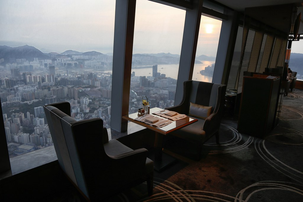Ritz-Carlton Hong Kong Club Lounge 12