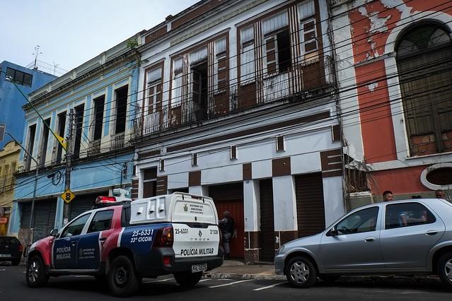 13.04.18 Vigilância sanitária interdita fábrica de salgados clândestina no centro de Manaus