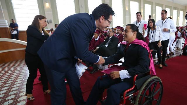 """Campaña Todos ABC Alfabetización, Educación Básica y Bachillerato """"Monseñor Leonidas Proaño"""". Guayaquil"""