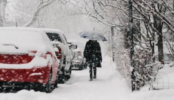 Marche, torna la neve a bassa quota: scatta l'allerta meteo