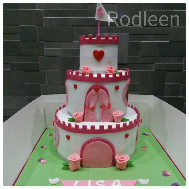 Cake by Rodleen Dalli