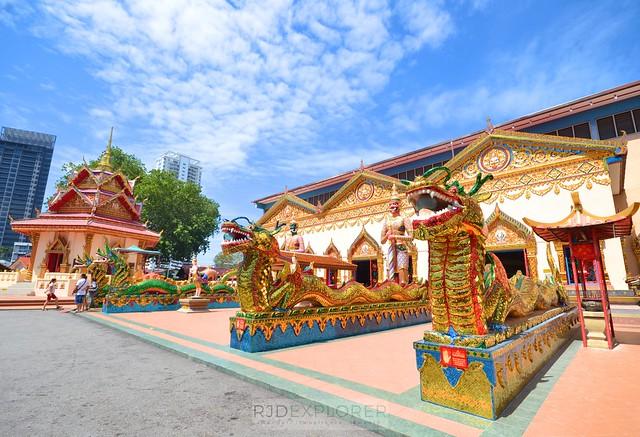 penang island itinerary travel guide Wat Chayamangkalaram