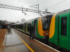 northampton buses & trains