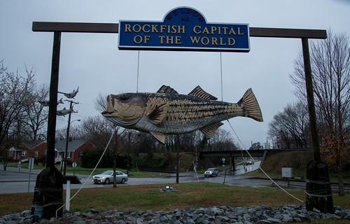 roadtrip unitedstates usa northcarolina weldon us rockfish rockfishsculpture sculpture publicart weldonnc