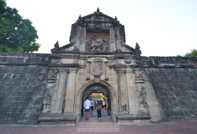 intramuros walk this way tour carlos celdran