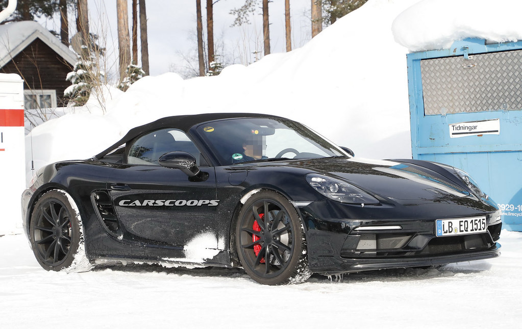 Porsche-Boxster-Spyder-18