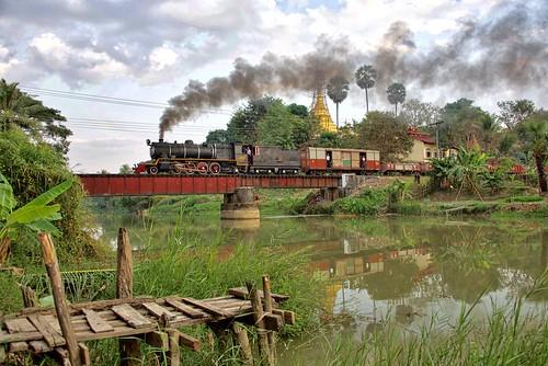 burma myanmar asia railway railroad rail train steam engine locomotive br yd 282 967 bridge river pagoda transportation farrail gassteam trains railways smoke january 2018 yinnyein