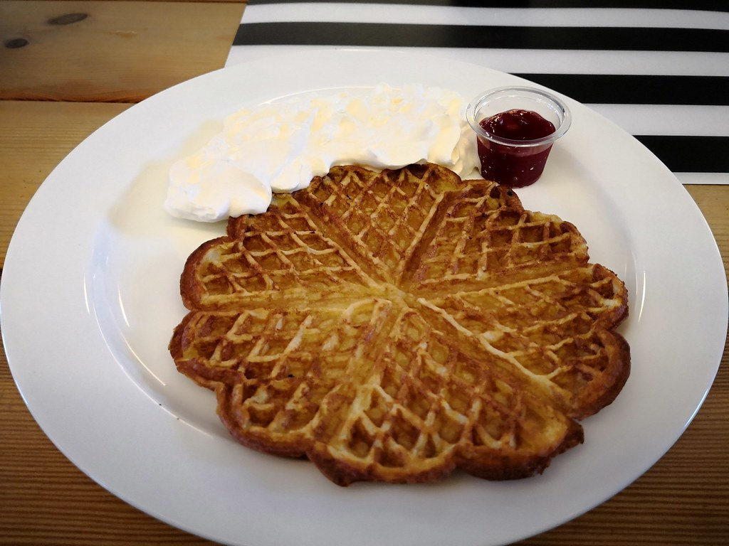 Waffle for snack