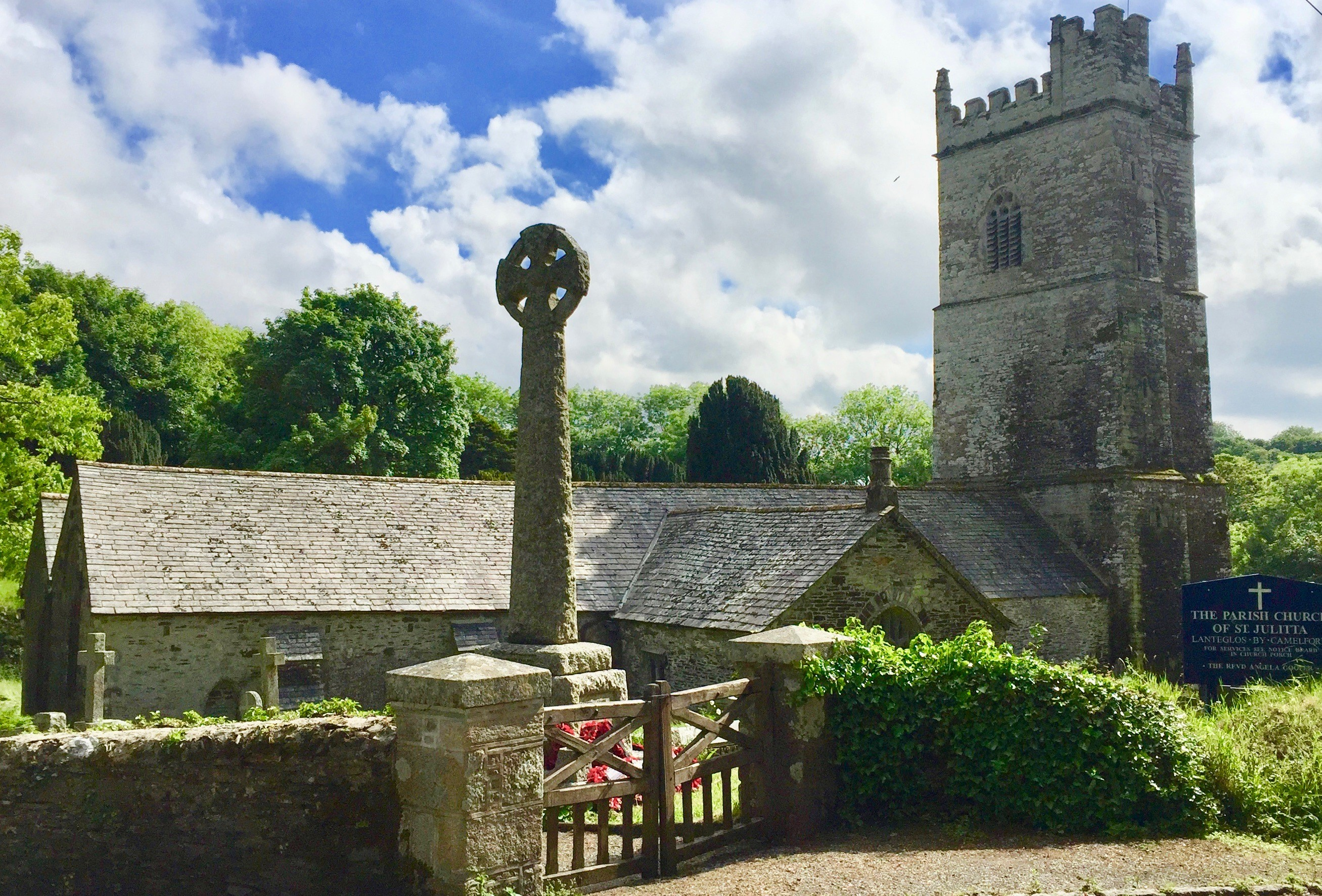LANTEGLOS BY CAMELFORD, St Julitta