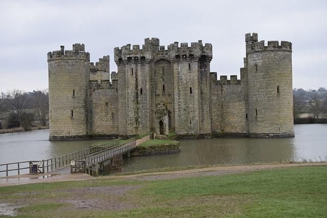 Bodiam Castle walk
