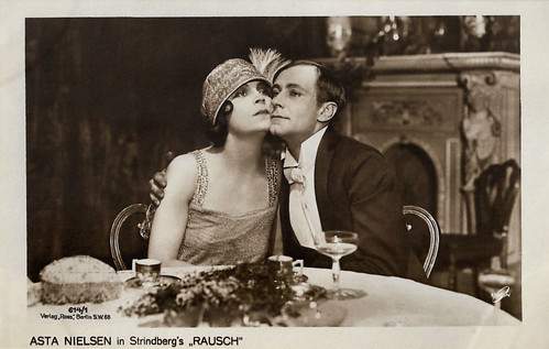 Asta Nielsen and Alfred Abel in Rausch (1919)