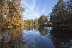 Reflections of the Charente in autumn-1 - Photo of Mérignac