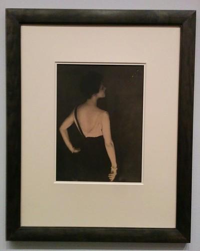 Rita de Acosta Lydig, ca. 1923 #newyorkcity #newyork #manhattan #metmuseum #adolfdemeyer #photography #ritadeacostalydig #quicksilverbrilliance #latergram