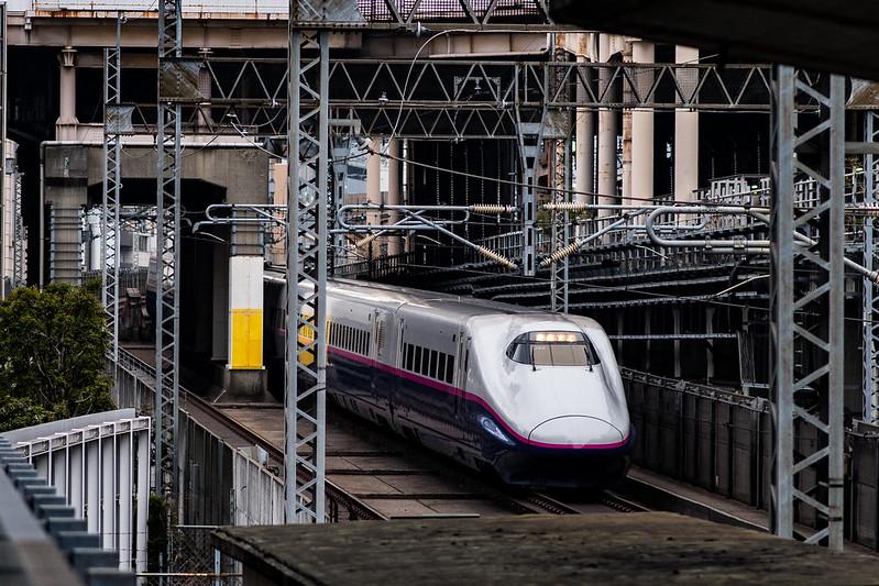 秋葉原富士ソフトアキバプラザから新幹線を撮る